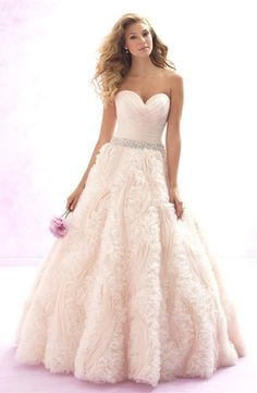 Madison James - Sweetheart Ball Gown in Organza