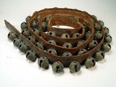 Vintage Sleigh Bells | 52 VINTAGE BELLS HORSE CARRIAGE SLEIGH BELLS ON LEATHER STRAP *NO ...