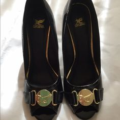 Very cute black wedges Adorable black wedges. Gold trim. Great condition. Shoes Wedges
