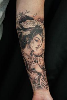 Geisha (In progress) by David Hoang at Chronic Ink Toronto Canada - Tattoo Japanese Tattoo Art, Japanese Tattoo Designs, Japanese Sleeve Tattoos, Chinese Tattoos, Geisha Tattoo Sleeve, Geisha Tattoos, Female Samurai Tattoo, Hand Tattoos, Girl Tattoos