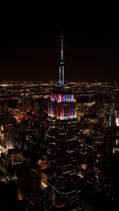 12/31/2017:  Sparkling, festive multi-colored lights for New Years Eve.