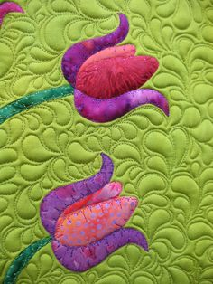 Patsy Thompson Designs, Ltd. » Plugging Away on the Tulip Quilt and Featured Gift of the Week (aka-it's a great deal!)