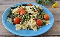 Pasta con asparagi e piselli - Tutti i profumi e i sapori della primavera in un piatto semplice e squisito