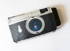 iPhone 4 Case / iPhone Case / iPod Touch Case - Retro Camera iPhone Cover - Can be customised to fit your phone