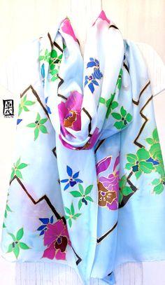 Hand Painted Large Silk Scarf Blue Silk Scarf por SilkScarvesTakuyo, $200.00