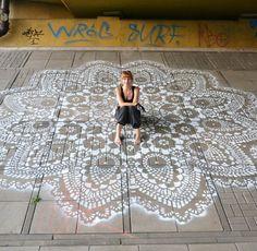 Street Art et Dentelles – Les créations de NeSpoon