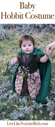 This is a homemade Hobbit costume for a baby girl. As a Lord of the Rings and Hobbit fan, it just makes me happy. Get directions and see more photos here. #LiveLikeYouAreRich