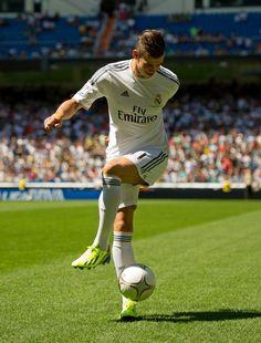 Gareth Bale #RealMadrid not a real Madrid fan, but I'm a fan of his lol