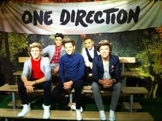 1D Wax figures in London!