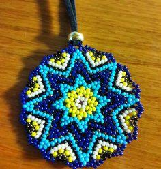 Bead Jewellery, Beaded Jewelry, Peacock Crochet, Beaded Flowers Patterns, Beadwork Designs, Nativity Crafts, Native Beadwork, Seed Stitch, Beading Projects