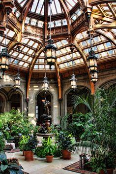Not just any atrium.this is the Atrium in the Biltmore Estate. Future House, My House, Patio Interior, Interior Exterior, Architecture Design, Garden Architecture, Victorian Architecture, Beautiful Architecture, Beautiful Homes