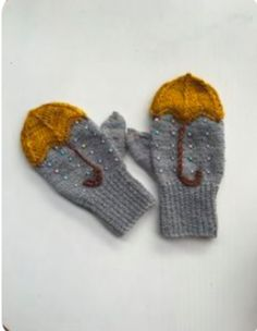 Mittens pattern to make you feel woolly inside this Autumn. Ravelry: Nattergal's… Mittens pattern to make you feel woolly inside this Autumn. Ravelry: Nattergal's…,Winter Knitting Mittens pattern to make you feel woolly inside this. Diy Tricot Crochet, Crochet Mittens, Crochet Baby, Crochet Pattern, Knitted Mittens Pattern, Crochet Blankets, Crochet Ideas, Free Pattern, Ravelry Crochet