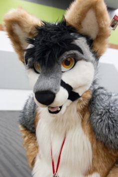 awesome looking fursuit by DHC