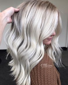 blacklight cool tone and extra 👱🏻♀️ Blonde. I added a lowlight of SEQ splash of Conditioned… Ice Blonde Hair, Bleach Blonde Hair, Light Blonde Hair, Balayage Hair Blonde, Platinum Blonde Hair, Cool Toned Blonde Hair, Icey Blonde, Pastel Blonde, Platinum Blonde Highlights
