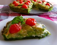 Avocado Baked Eggs are topped with tomatoes and cilantro and sprinkling of salt and pepper, the perfect low carb breakfast. Avocado Egg Bake, Baked Avocado, Avocado Recipes, Passover Recipes, Baked Eggs, Food For Thought, Breakfast Recipes, Brunch, Food And Drink