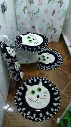 Simply Crochet : Crochet Bunny - Salvabrani - Salvabrani Crochet Doily Patterns, Tatting Patterns, Crochet Designs, Crochet Doilies, Crochet Flowers, Crochet Bunny, Crochet Home, Free Crochet, Simply Crochet