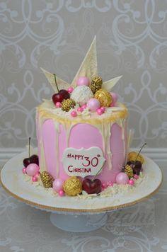 Choc cherry berry - Cake by designed by mani