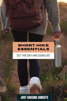 Don't leave these short hike essentials behind! I share with you what to pack for a short hike so you're prepared for an epic hike! Packing Lists, Travel Packing, Solo Travel, Hiking Gear, Hiking Backpack, Travel For A Year, Hiking Essentials, Best Hikes, Day Hike