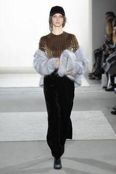 Steinrohner Autumn/Winter 2017 Ready to Wear Collection | British Vogue
