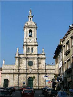 As igrejas da cidade. Igreja do Carmo.