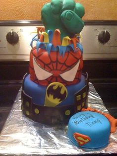 Very cool super hero children's birthday cake! #boy #birthday #cake
