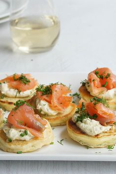 melbel's easy Smoked Salmon on Dill Pikelets will make the perfect canape for tomorrow's #royalwedding celebrations.