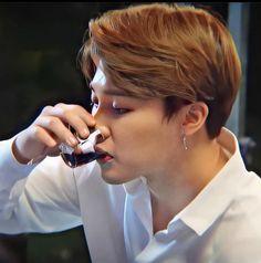 Hoseok, Namjoon, Taehyung, Park Ji Min, Bts Bangtan Boy, Bts Boys, K Pop, Pelo Cafe, Jimin Hot