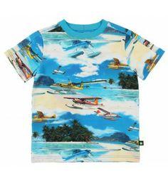 Kleurig t-shirt 'Water planes' van Molo. Op de voorkant en achterkant een print van water vliegtuigen.  Molo Rey Water planes www.kidsindustry.nl