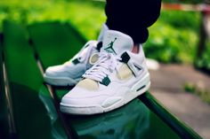 Jerome Wayne Jr. - Air jordan 4 'Classic green'