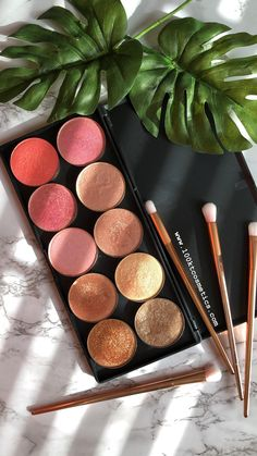 Makeup Geek, Skin Makeup, Makeup Inspo, Eyeshadow Makeup, Makeup Cosmetics, Beauty Makeup, Eyeshadow Pans, Eyeshadow Palette, Easy Eyeshadow