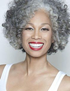 I hope when I get a full head of gray my hair looks this beautiful. Love her hair!!!