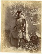 ND. Algérie, Femme Ouled Vintage albumen print. Tirage albuminé 21x27 C