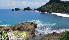 Untuk mencapai Objek Wisata Pantai Sundak Gunung Kidul ini, Anda bisa menggunakan kendaraan pribadi ataupun kendaraan rental dari Kota Yogyakarta