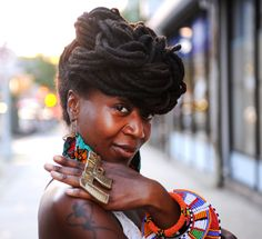 curly-essence:  damionkare:  Fort Green, Brooklyn https://www.facebook.com/pages/Beauty-of-the-Black-Woman/1400572206821692  http://curlyess...