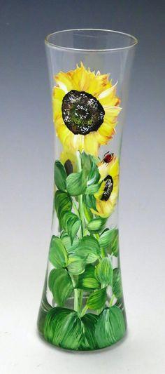 Selena Sunflower Vase Sunflower Vase, Wine Bottle Design, Painted Wine Glasses, Urn, Selena, Glass Vase, Daisy, Decorative Plates, Beans