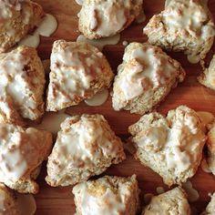 Baking in the Bay – Cinnamon Maple Walnut Scones on http://bakingthegoods.com