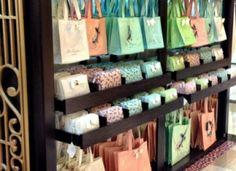 Ted Bakers 'Sweet' pop-up-shop Bag Names, Pop Up Shops, Store Displays, Name Cards, Beauty Shop, Design Agency, Retail Design, Visual Merchandising, Wine Rack
