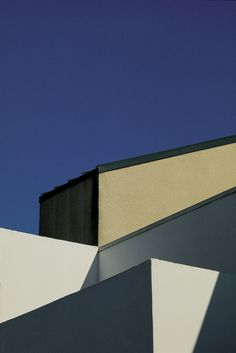 franco fontana: landscapes (urban & rural) | minimal exposition