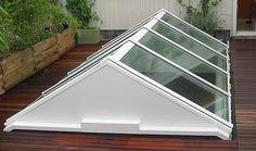 Aluminium lichtstraat van Luxlight serie Basic, model ZD - zadeldak. Meer info: http://www.hout-en-bouwmaterialen.nl/luxlight-basic-lichtstraten.php