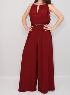 Wide Leg Jumpsuit Women Palazzo Jumpsuit in Burgundy Casual Heels Outfit, Fashion Pants, Fashion Outfits, Professional Attire, Jumpsuits For Women, Clothing Patterns, Plus Size Dresses, Beautiful Outfits, Dame