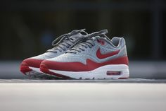 sports shoes 58d86 93c71 Nike Air Max 1 Ultra Moire Metallic Cool Grey  Gym Red - 705297-006