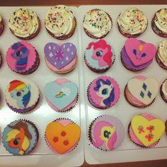 My Little Pony cupcakes.