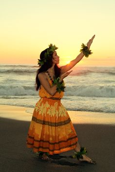 I miss being a hula dancer, and the connection it gave me to my culture. Now, the most cultural thing I do is eat spam musubi, lol. Photo (c) Rick Ouellette Hawaiian People, Hawaiian Dancers, Polynesian Dance, Polynesian Culture, Native American Teepee, Hawaii Hula, Hula Dancers, Hula Girl, Dance Poses