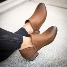 d9802370b67 Popkeep Women s shoes Closed Toe Low Heel Black Casual shoes – POPKEEP