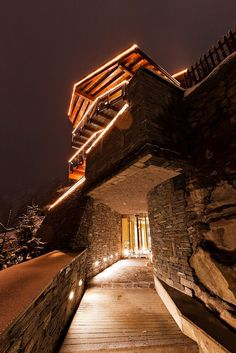 Chalet Zermatt Peak- An Idyllic Mountain Luxury Resort in the Swiss Alps