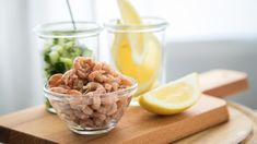 Salade croquante aux crevettes nordiques Poke Bowl, Seafood Recipes, Seafood Meals, Mousse, Sushi, Salads, Sandwiches, Cheese, Cooking
