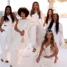 Beyonce, Jay Z, & Blue Ivy Make Funny Faces at Tina Knowles' Wedding!: Photo Beyonce, Jay Z, and their daughter Blue Ivy make funny faces while posing for photos at Tina Knowles wedding earlier this month. The entertainer just… Tina Knowles, Beyonce Knowles, Blue Ivy, Kelly Rowland, Ivy Bleu, All White Wedding, White Weddings, White Bridal, Bridesmaids