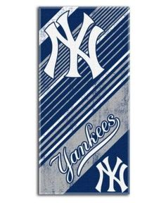 McArthur New York Yankees Beach Towel - Blue
