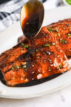 Honey Glazed Salmon is a light, flavorful entree that only takes minutes to make. Salmon filets are cooked until flaky with a honey garlic sauce! #spendwithpennies #honeyglazedsalmon #recipe #entree #baked #easy #best How To Cook Meatloaf, Good Meatloaf Recipe, Chicken Salad Recipes, Salmon Recipes, Beef Recipes, Honey Glazed Salmon Recipe, Honey Mustard Salmon, Homemade Garlic Butter, Salmon And Broccoli