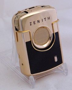 Vintage Zenith Courier Transistor (Body) Hearing Aid, Gold-Colored Anodized Aluminum Case With Painted Panel, 4 Transistors, Made In USA, Circa 1960 Vacuum Tube, Hearing Aids, The Past, Usa, Gold, How To Make, Vintage, Collection